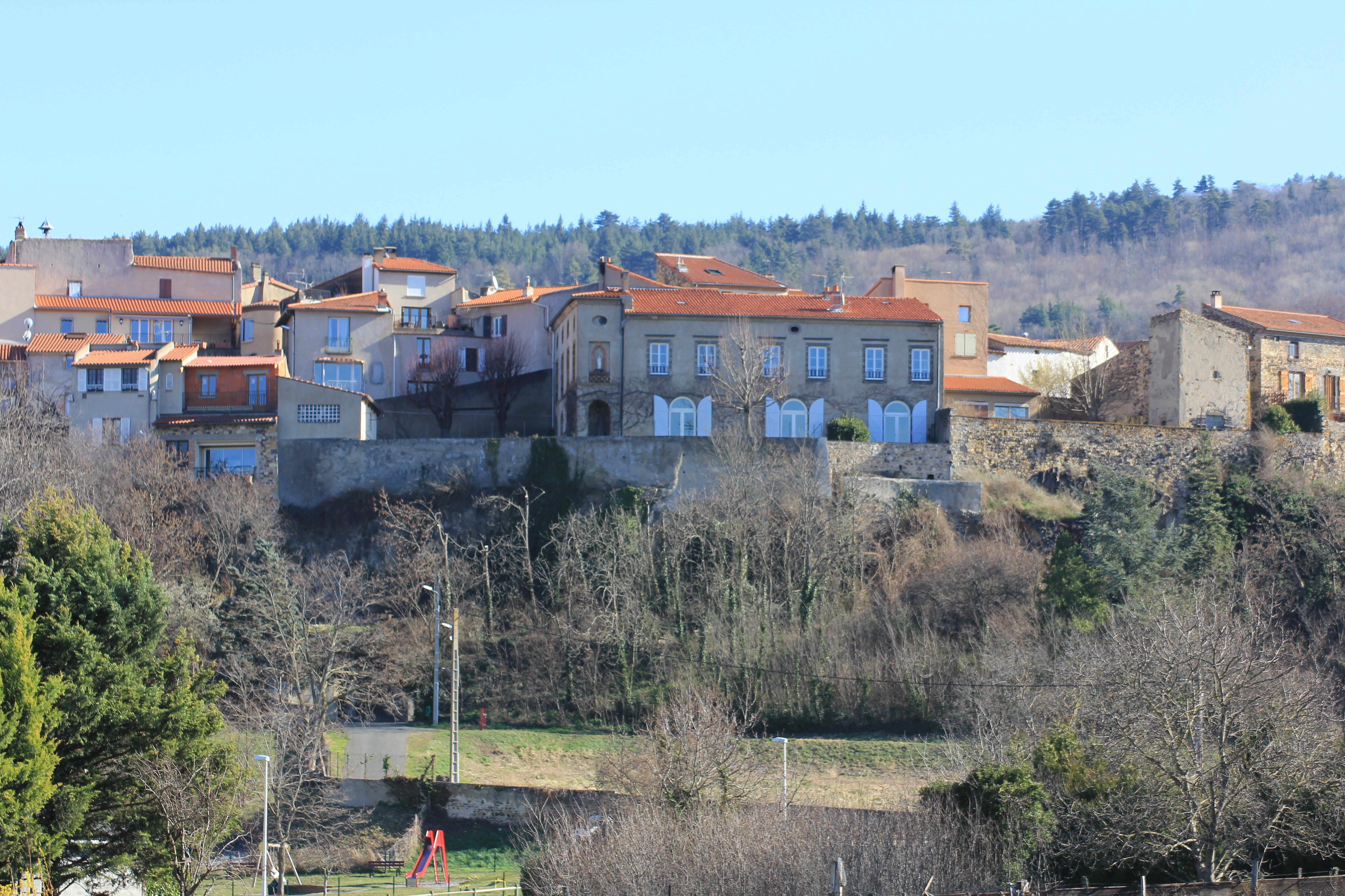 La Lit h´te Maison d h´te  Mirefleurs Puy de dome Clermont